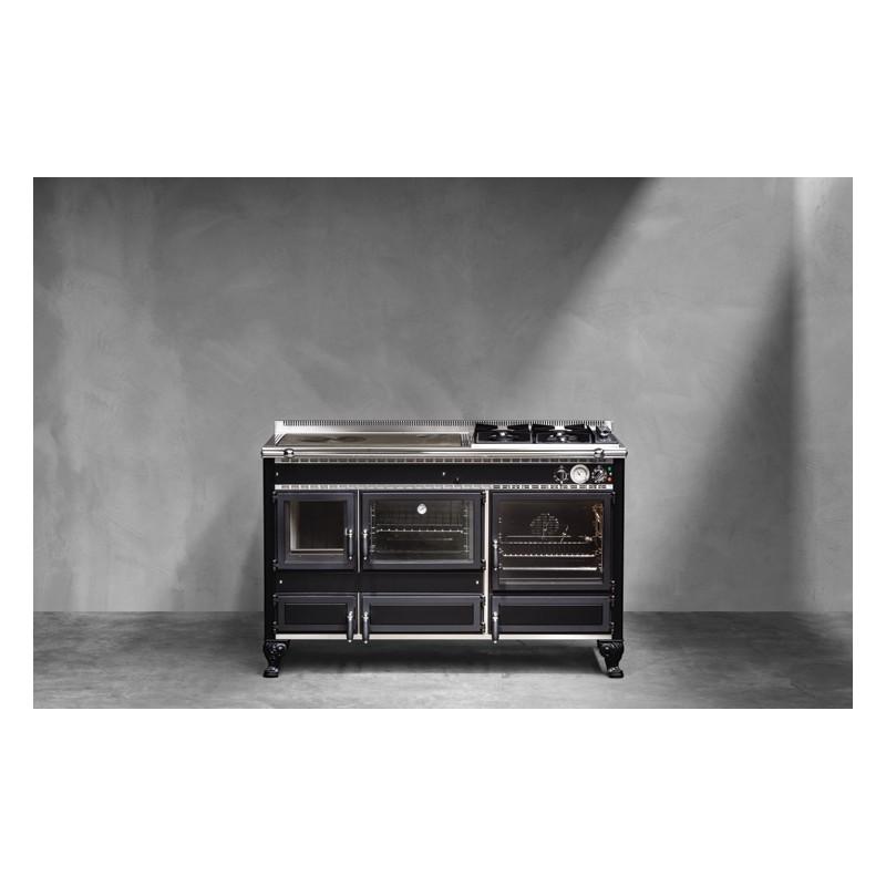 Cuisinière modèle Rustica 140 lge de la marque J.CORRADI